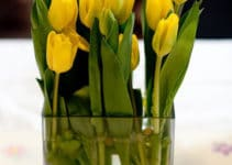 Originales y bonitos centros de mesa amarillos