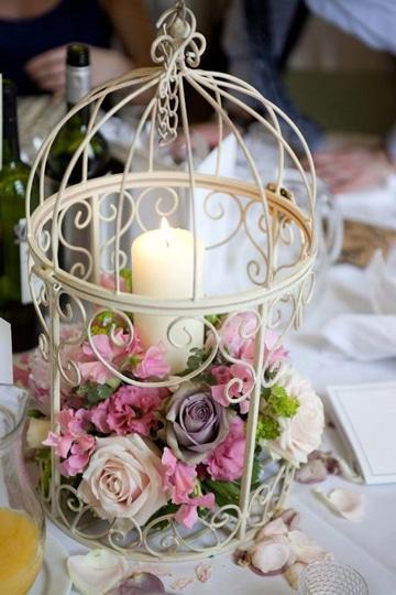 centros de mesa con luces y rosas