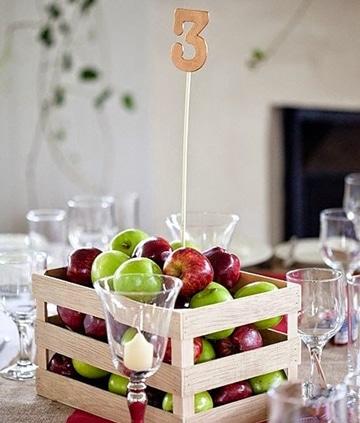 centros de mesa con manzanas naturales