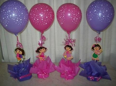 centros de mesa de dora con globos