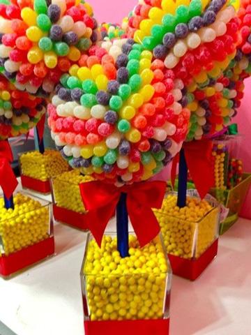 centros de mesa para piñatas con gomitas
