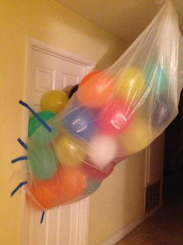 como sorprender a tu novio en su cumpleaños ideas globos