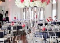 Decoracion con floreros de cristal para xv años