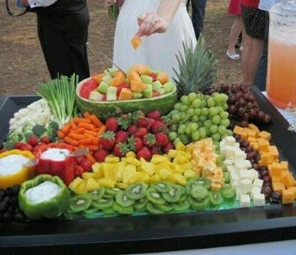 mesas de frutas para eventos ideas
