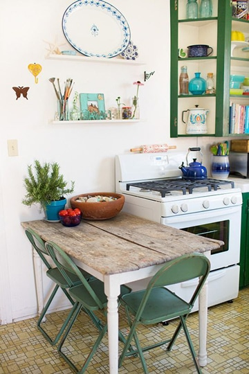 mesas pequeñas de madera rusticas