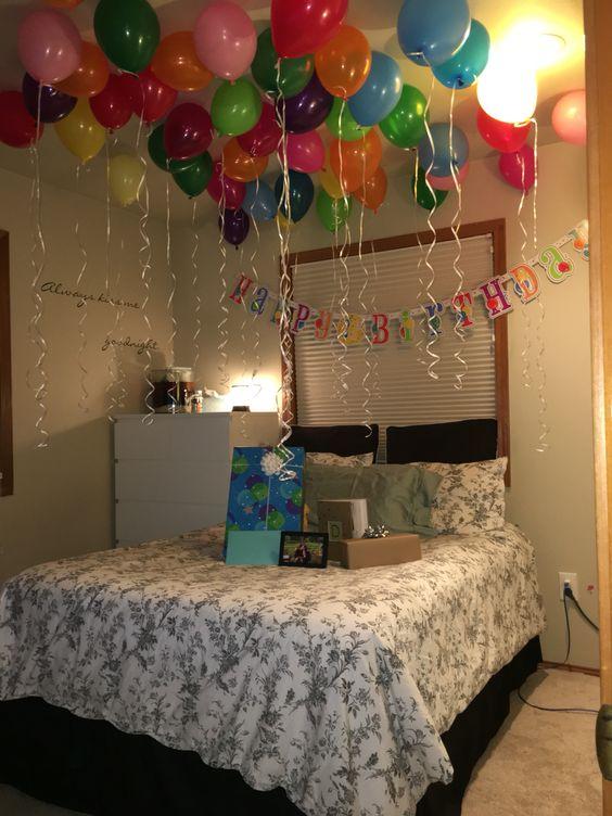 regalos sorpresa de cumpleaños con globos