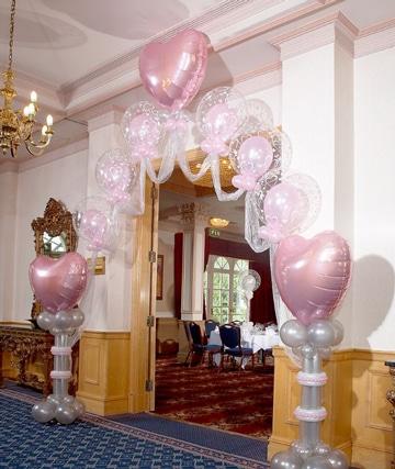 arcos de globos para 15 años decoracion salon