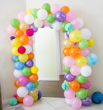 arcos de globos para baby shower de colores