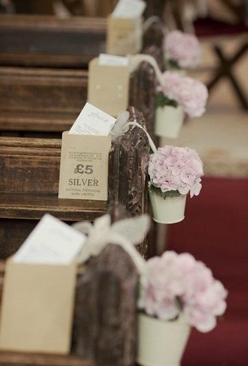 arreglos de flores para iglesia tiernos