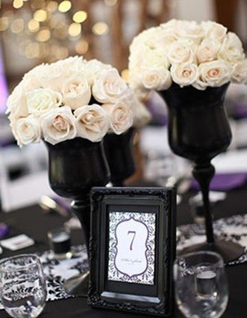 centros de mesa blanco y negro elegantes