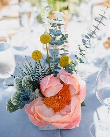 centros de mesa color coral pequeño