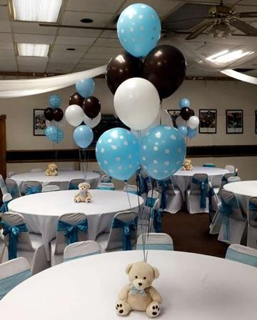 centros de mesa de osos con globos