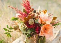 Hermosos y frondosos centros de mesa primaverales