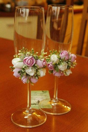 como adornar copas para boda sencillas