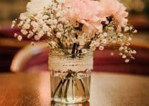 Sutiles y hermosos arreglos de mesa para boda civil