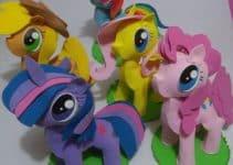 Sencillo y hermoso centro de mesa de pony