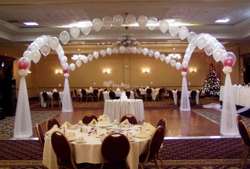 fotos decoracion en telas y globos en boda