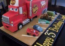 Diversas imagenes de tortas de cars para cumpleaños