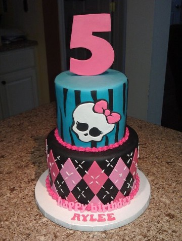 imagenes de tortas de monster high 5 años