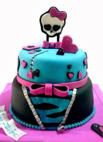 imagenes de tortas de monster high de dos pisos