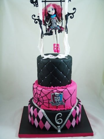 imagenes de tortas de monster high tres pisos