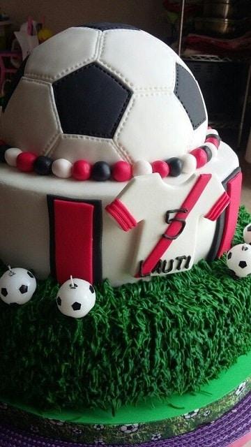 tortas de futbol para niños dos pisos