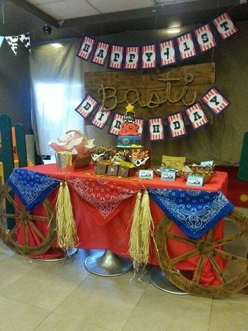 adornos vaqueros para fiestas infantiles