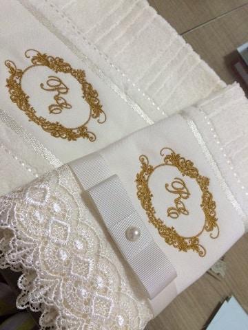 imagenes de servilletas para boda iniciales