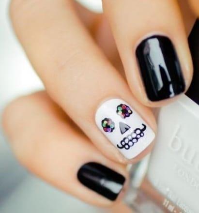 imagenes de uñas para halloween elegantes