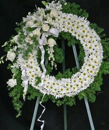 arreglos florales para difuntos clasico