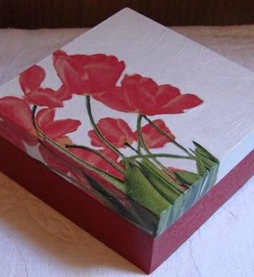 cajas decoradas con servilletas de carton
