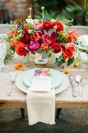 centros de mesa de colores flores