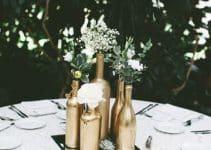 Elegancia y distincion en centros de mesa dorados