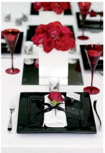 centros de mesa rojo y blanco flores