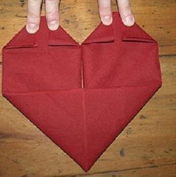 figuras con servilletas de papel corazon