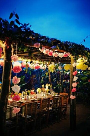 decoracion de cumpleaños hawaiano de noche