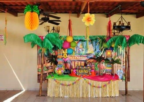 decoracion hawaiana para 15 años coloridas