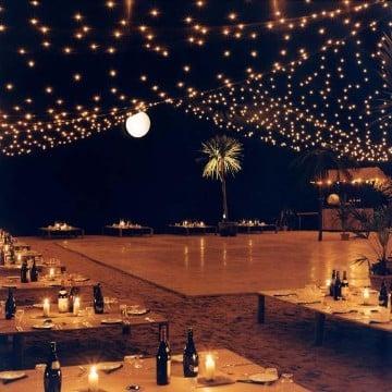 ideas de bodas en la playa con luces