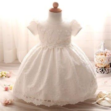modelos de vestidos para bautizo en blanco