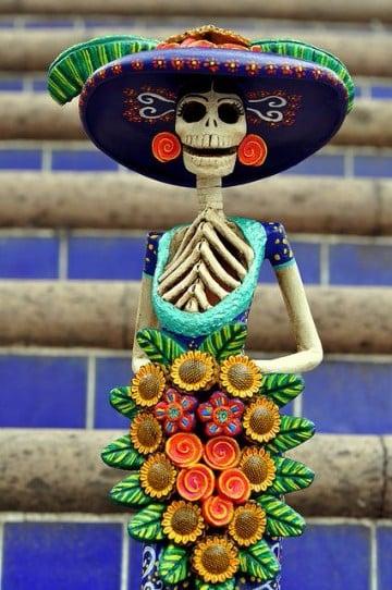 porque se celebra dia de muertos con colores