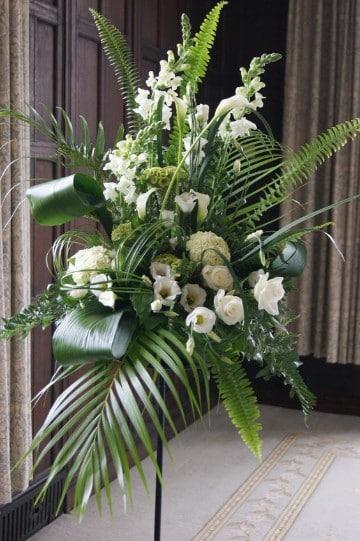 arreglos florales para iglesias cristianas cayenas