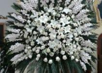 Algunos arreglos florales para iglesias cristianas
