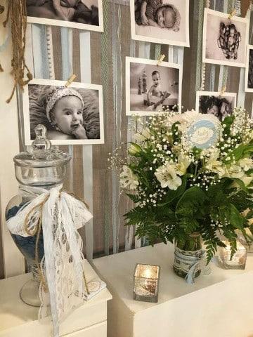 como adornar una mesa para bautizo flores