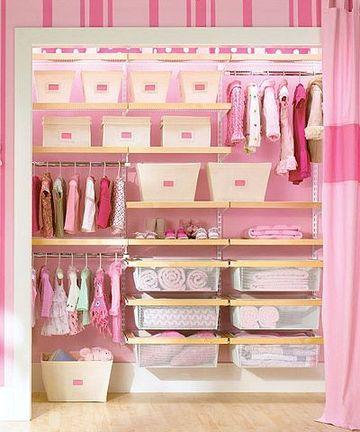 como organizar una tienda de ropa pequeña
