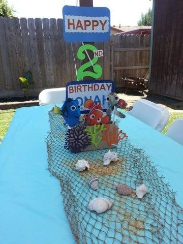 cumpleaños en piscina para niños mesa