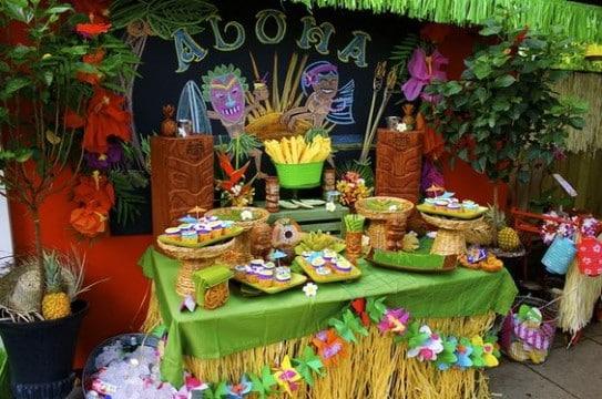 decoracion hawaiana para 15 años aloha
