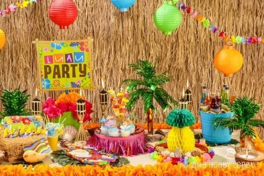 decoracion hawaiana para 15 años colorida