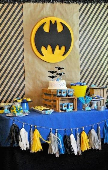 decoraciones de batman para fiestas infantiles sencillas