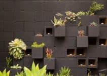 Diseños naturales en paredes de jardin decoradas