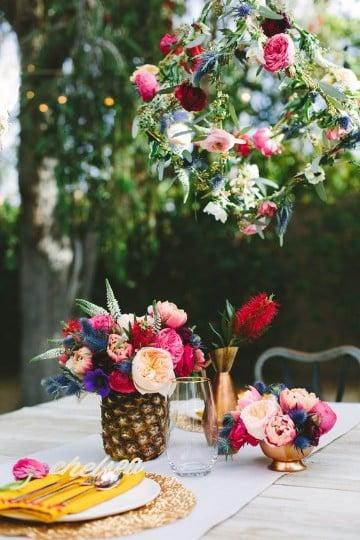 piñas decoradas para centro de mesa naturales